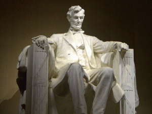 Photo of Abraham Lincoln's statue in Washington DC.