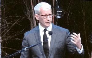 Simon Benson Award Dinner Anderson Cooper